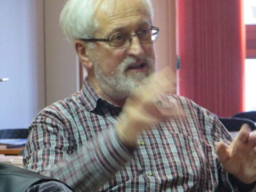 Kép: Pusztay János a konferencián (kép: Manyszi)
